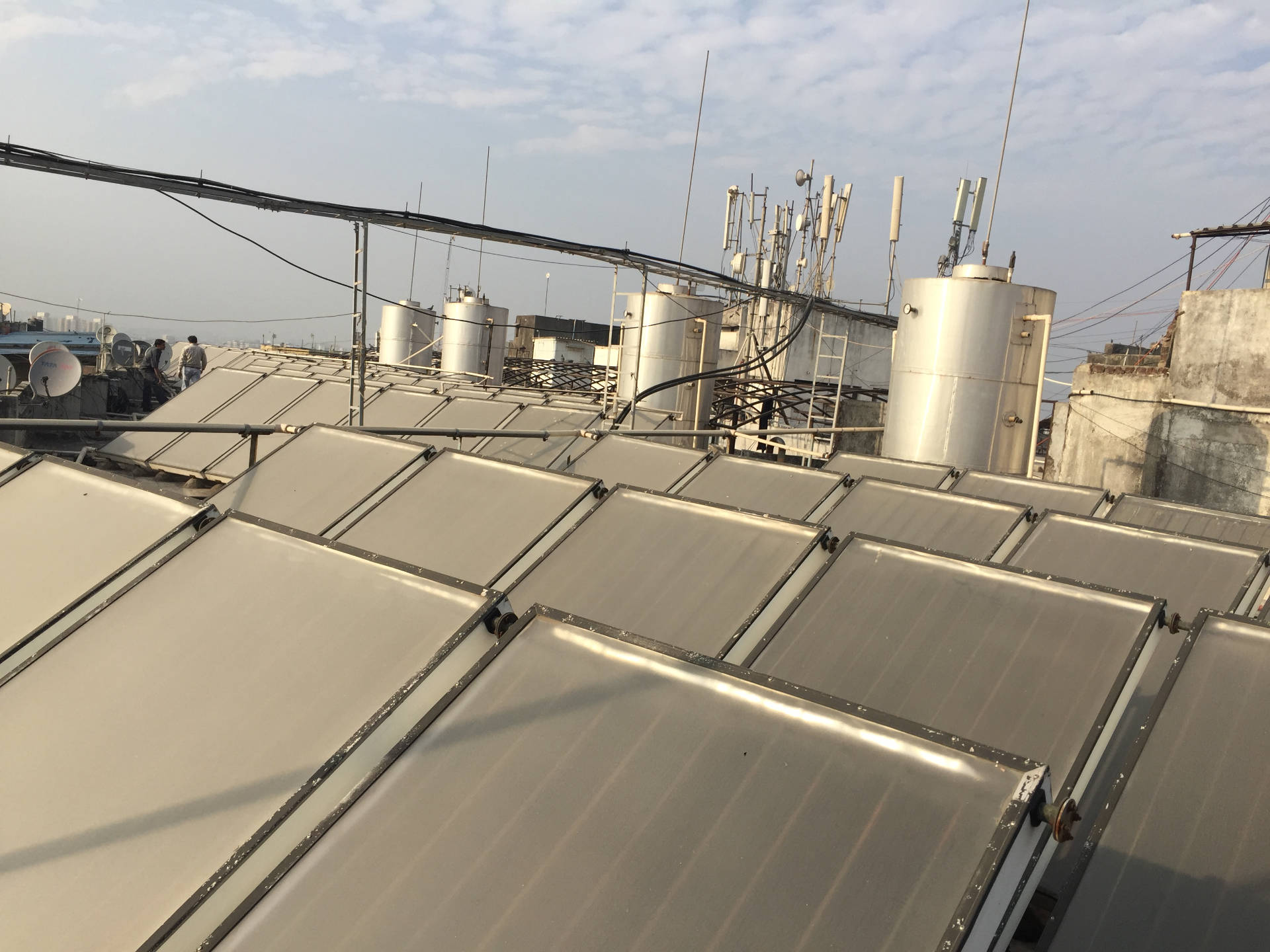 Solar Water Heater Lords Plaza